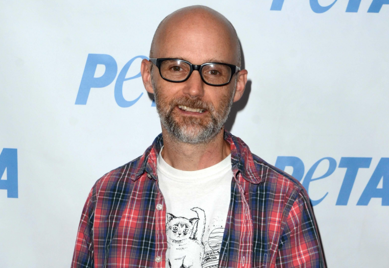 Moby представил клип на песню Are You Lost In The World Like Me